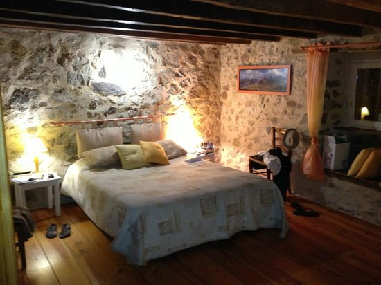 """Idiartekoborda : Notre chambre 'Chalten"""",  charmante et spacieuse"""