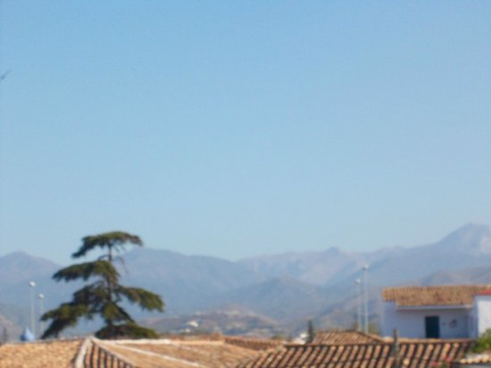 Globales Cortijo Blanco Hotel: View of the mountains