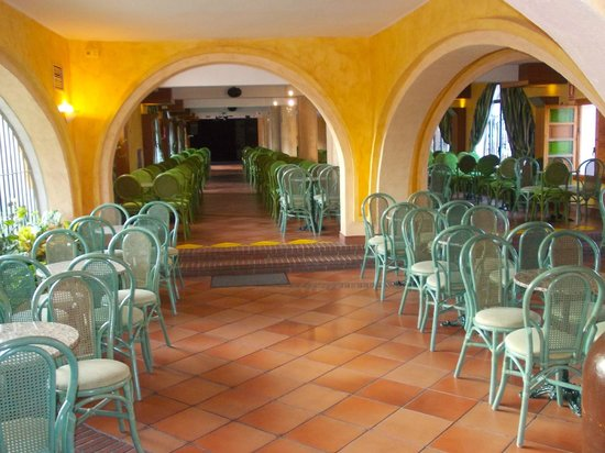 Globales Cortijo Blanco Hotel: One of the sitting areas