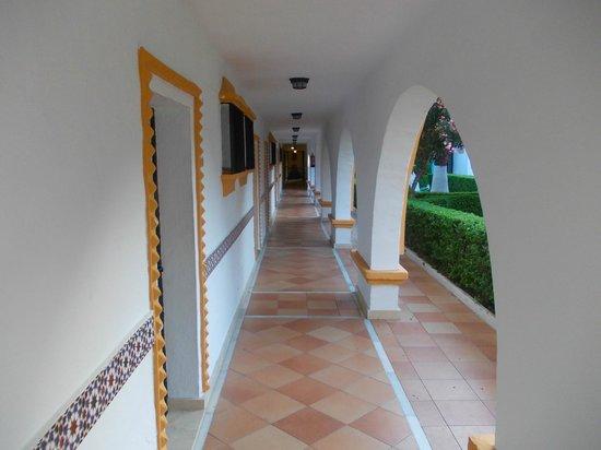 Globales Cortijo Blanco Hotel: Lovely
