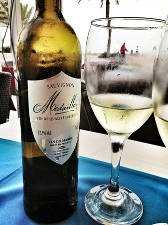 Le Flore : В ресторане подают отличное марокканское вино. Рекоменлую.