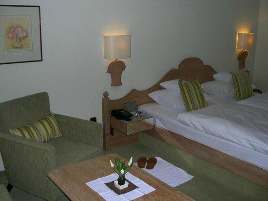 BEST WESTERN PREMIER Hotel Krautkrämer: Zimmer