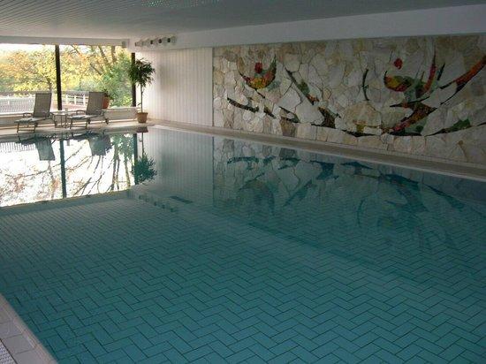 BEST WESTERN PREMIER Hotel Krautkrämer: Schwimmbad