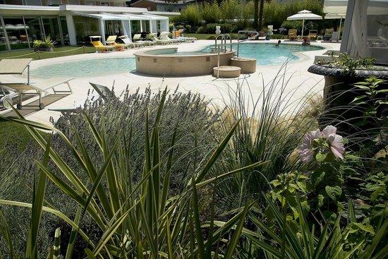 Piscina foto di hotel san marco bibione pineda - Piscina san marco ...