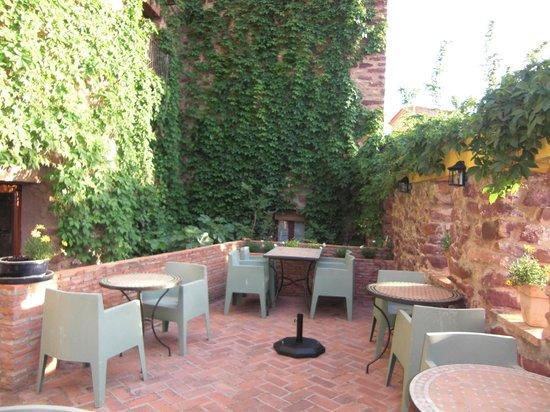 hotel el jardin vertical jardin