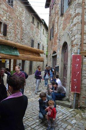 La Loggetta : Narrow laneways of Montefioralle