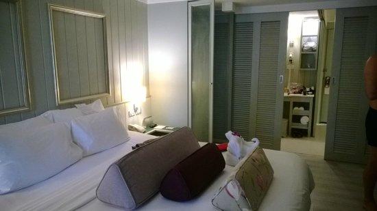 Katathani Phuket Beach Resort: chambre