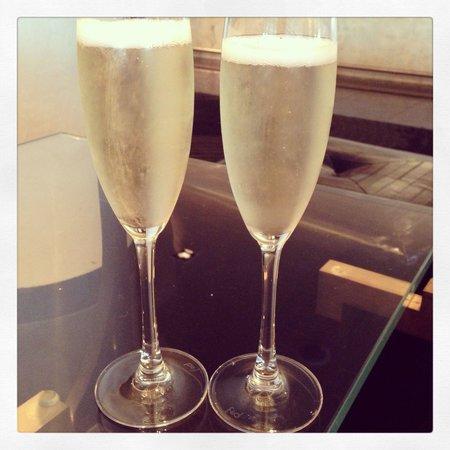 Crowne Plaza London - Battersea : Champagne
