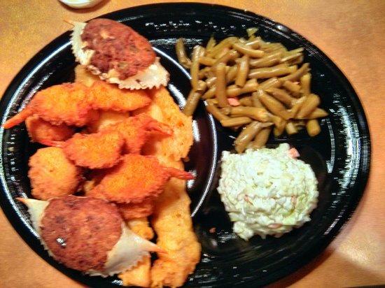 Captain D's Seafood Restaurant: Deluxe Seafood Platter @ $7.99
