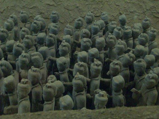 Western Han Dynasty Terracotta Warriors : altro particolare del primo insieme di guerrieri