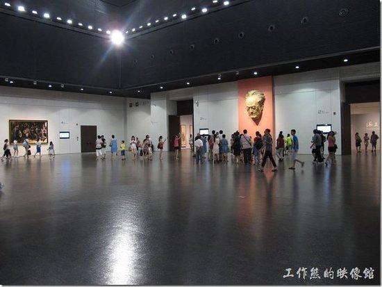 China Art Museum (Shanghai Meishu Guan): 館內的展覽作品