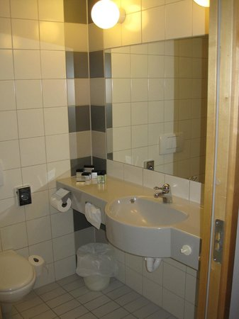 Gothia Towers : Bathroom