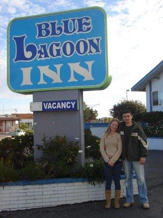 Blue Lagoon Inn: entrada
