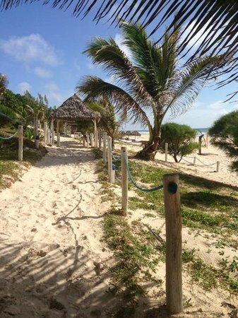 Riake Resort & Villa: Petit dejeuner au bord de l'océan