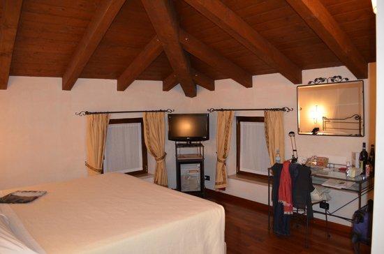 Hotel Marco Polo: Номер повышенной комфортности на последнем этаже