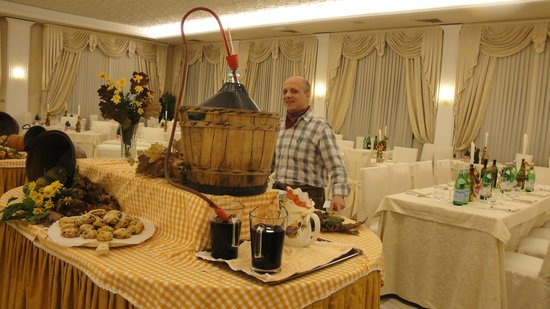 Quisisana Hotel Terme : Serata in tema