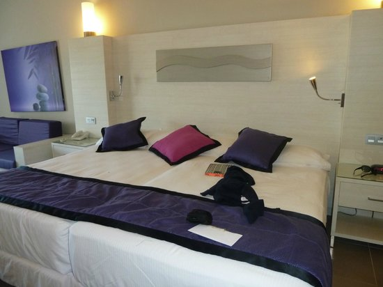 Hotel Riu Palace Bavaro: Cama