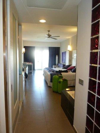 Hotel Riu Palace Bavaro: Cuarto