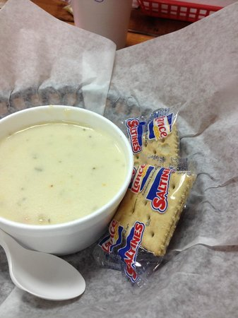 Sports Page Sandwich Shop : Potatoe Soup