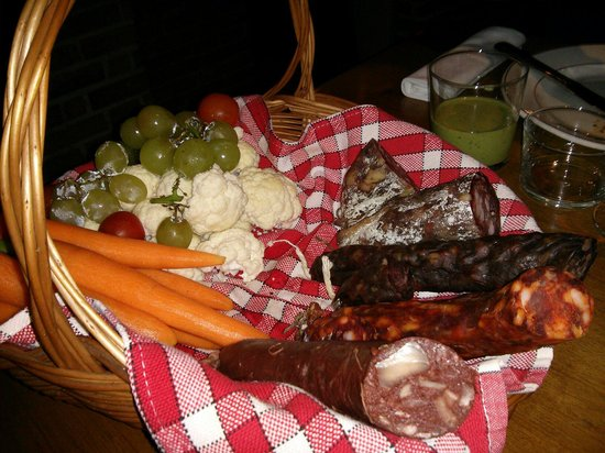 Le Point d'Ogre: Antipasto