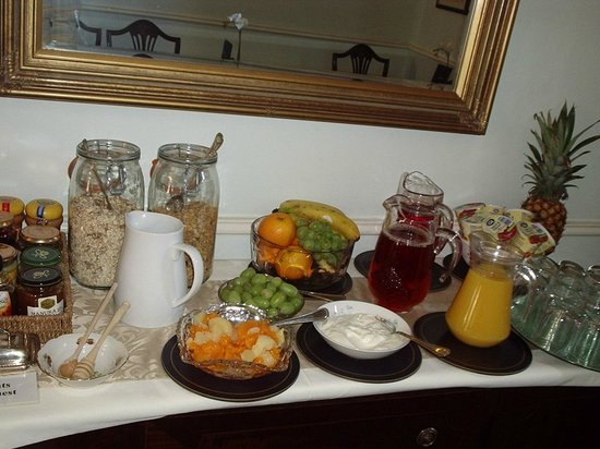 Brocks Guest House: All freshly prepared for you