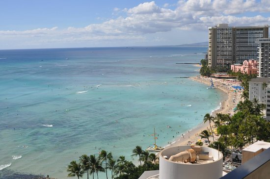 Aston Waikiki Beach Tower : ラナイからの眺め