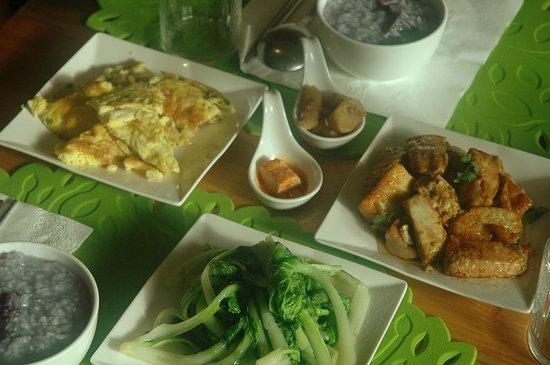 Breakfast at Fuli Stay