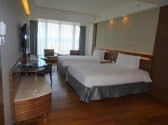 L'hotel Nina et Convention Centre: 房間