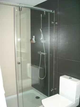 Musik Boutique Hotel: zalige grote douche