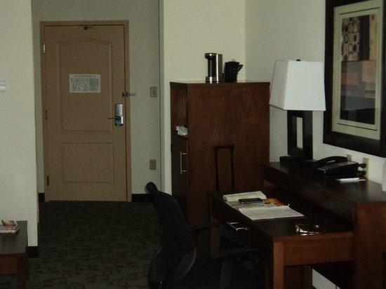 Comfort Suites: porte d'entrée