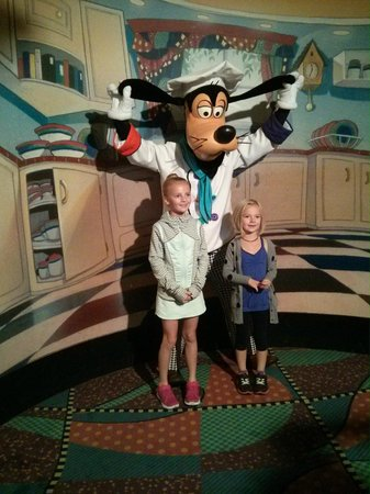 Goofy's Kitchen : Picture of Goofy when you walk in