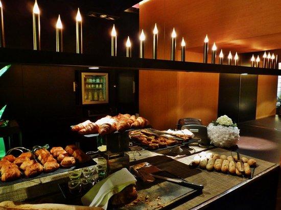 Sofitel Strasbourg Grande Ile : Frühstücksbuffet
