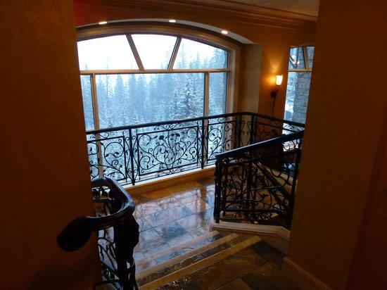 Rimrock Resort Hotel: Entrance to the Primrose