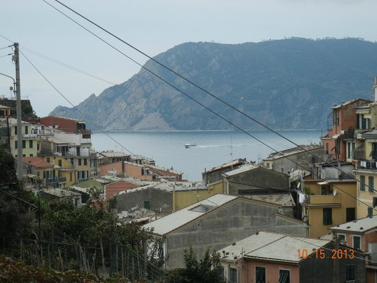 Camere Giuliano: View of Vernazza bay from terrace