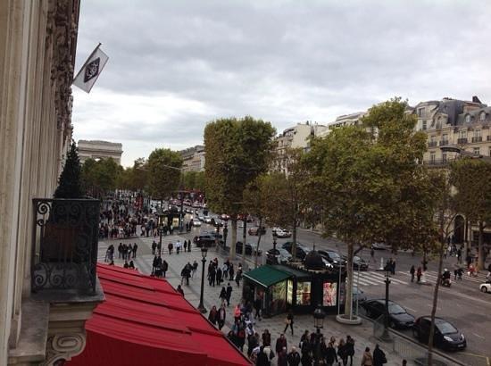 Hôtel Barrière Le Fouquet's Paris: from balcony