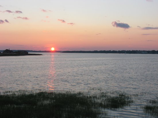 The Boathouse B&B: Sunset over Charlottetown harbor