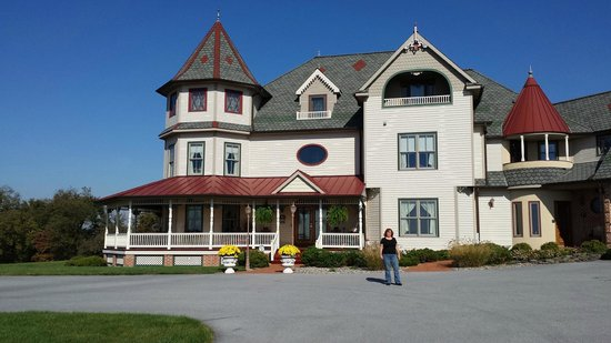 Hurst House Bed & Breakfast: Front of the Inn