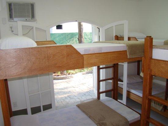 Hostel Braz : condiconado com controle remoto,vista,Locker,banheiro