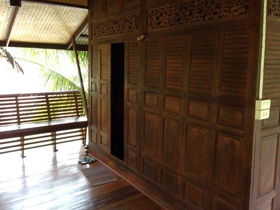 Baan Thai House : Entrance of Thai Villa