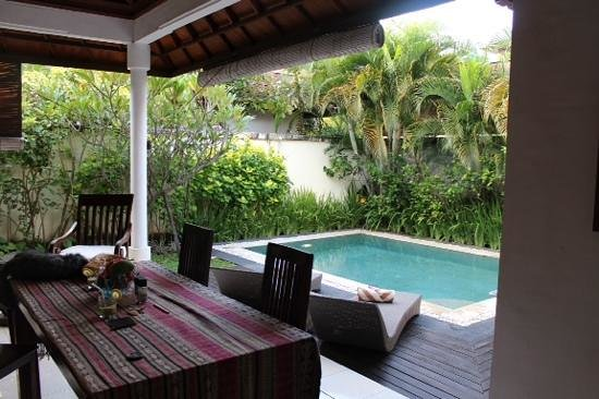 4S Villas at Seminyak Square : great pool!