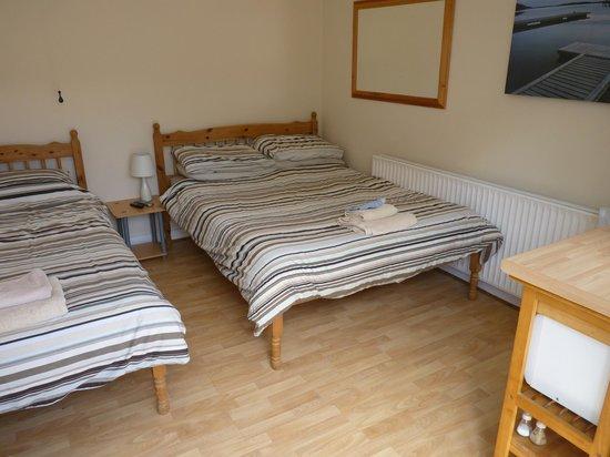 Atlantic Coast Surf: Family en suite rooms