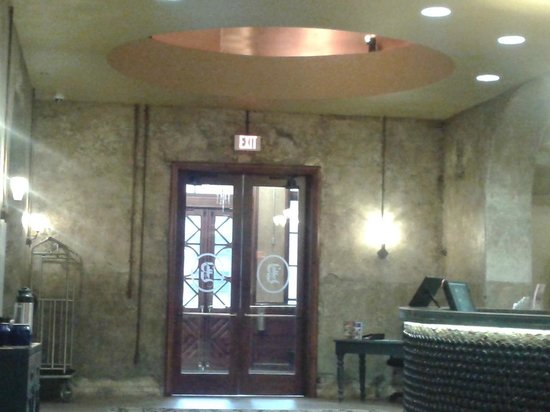 The Brewhouse Inn & Suites: Entrance