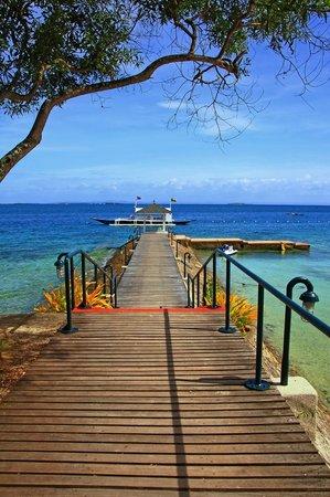 Plantation Bay Resort And Spa: Heading to the beach