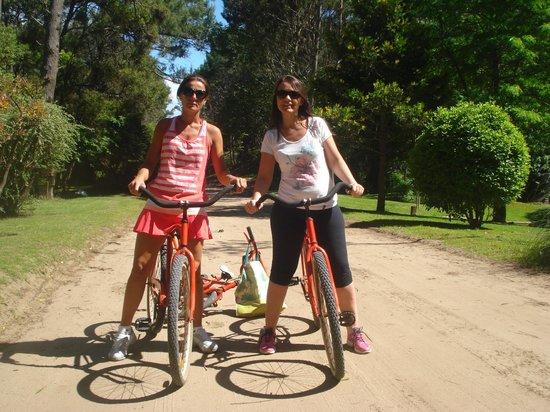 San Remo Villa Corral Apart: Paseo en Bicy por el Bosque