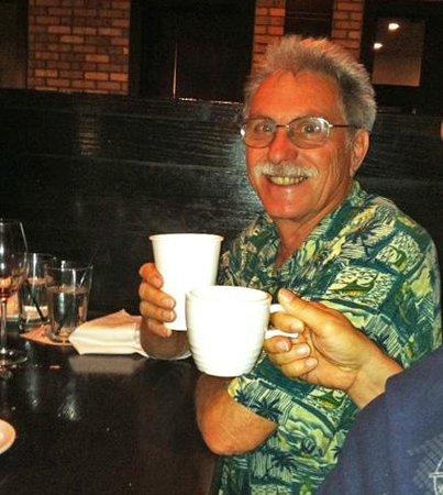 Carrabba's Italian Grill: Es war alles perfekt, ausser dass sie keine Tassen mehr hatten!