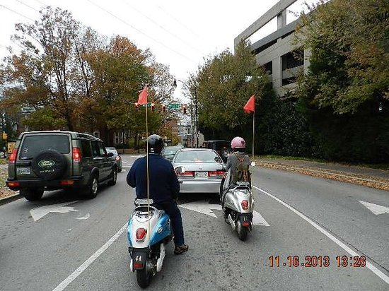 Nashville Scooter Tours: Cruising