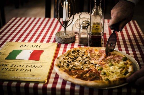 Bar Italiano - Pizzeria : Pizza QUATTRO STAGIONI