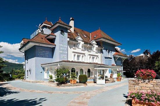 Hotel Restaurant de Yoann Conte : La Maison Bleue