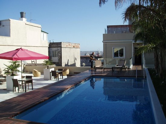 Don  Boutique Hotel: Vue de la piscine