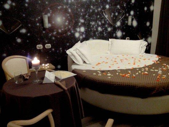 Plana Hotel: Particolare camera